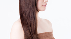 驚くべき発毛効果!様々な種類の薄毛に対応する「グロースファクター再生療法」の魅力とは?